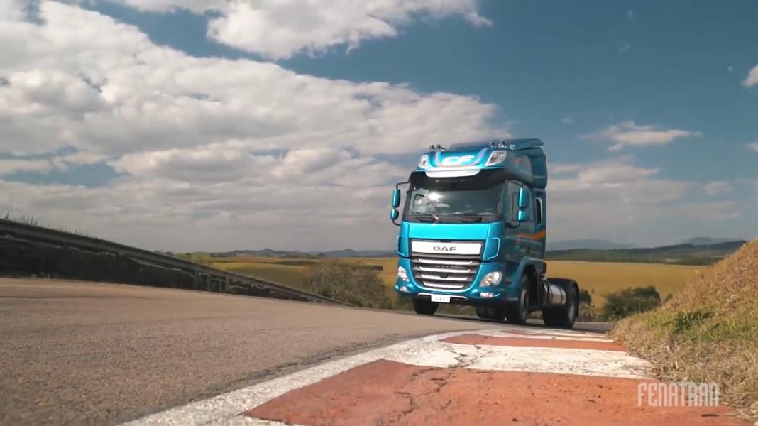 Test-Drive virtual interativa estreia na Rota Digital Fenatran com caminhões da DAF